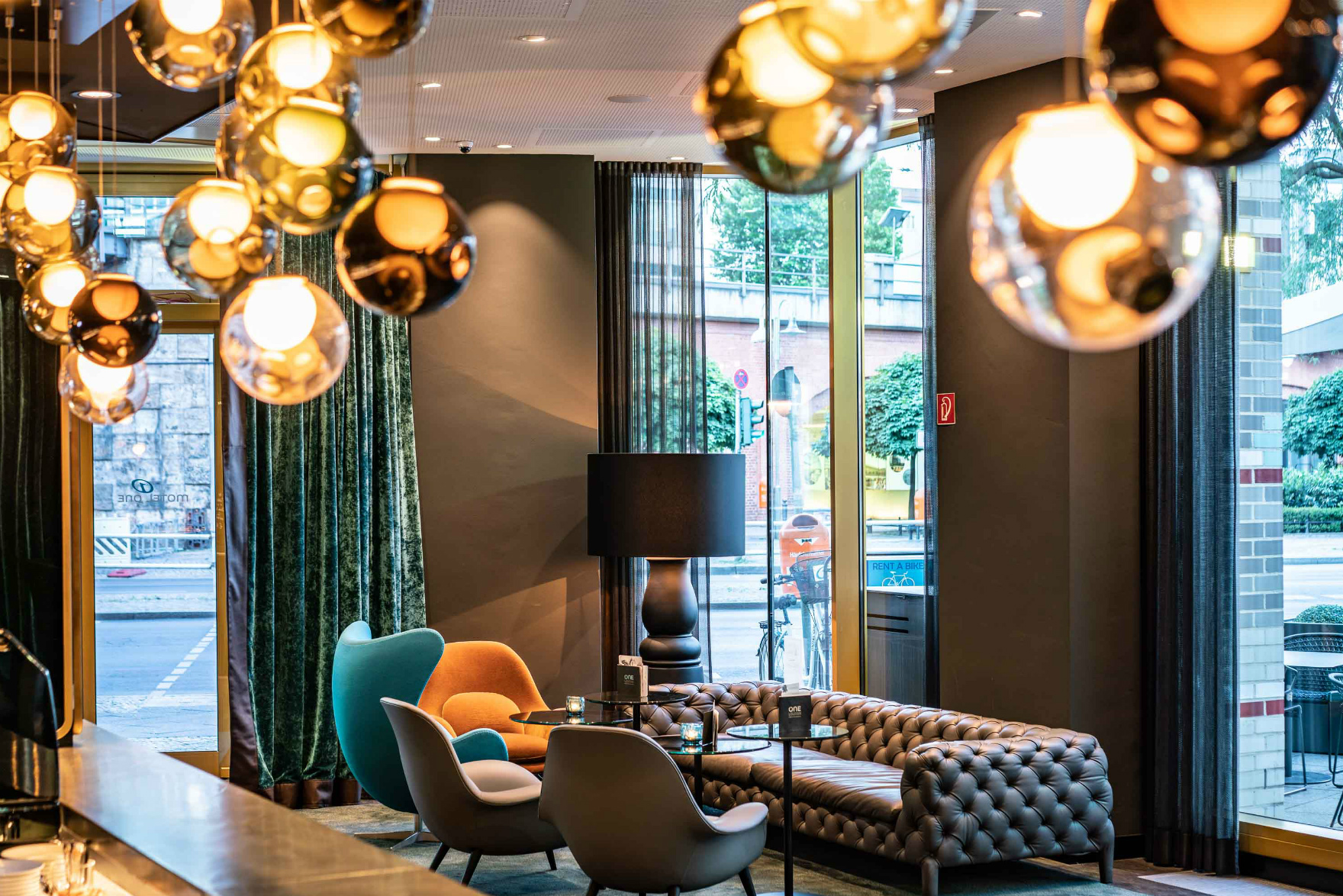 hotels berlin motel one | günstiges design hotel berlin
