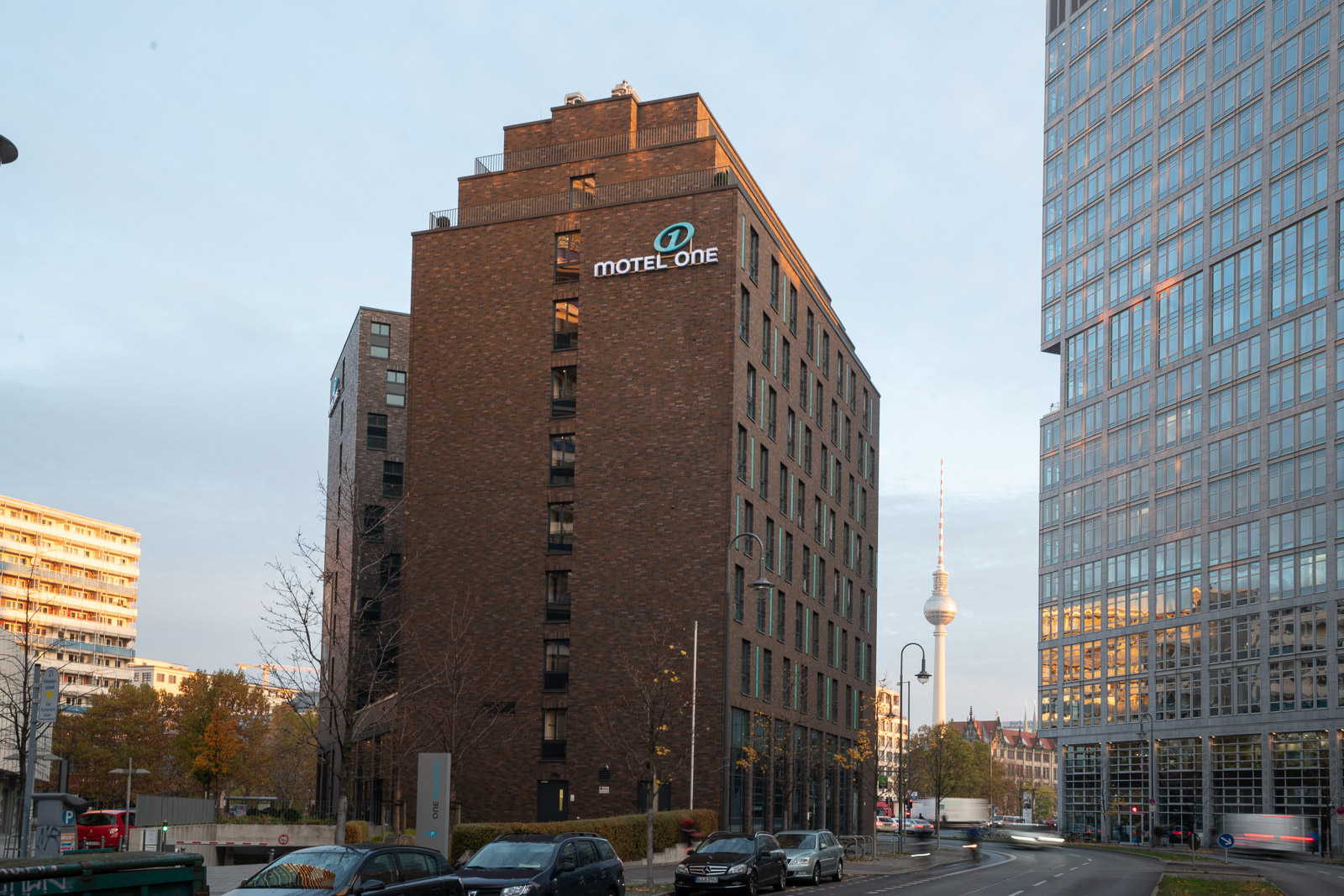 Hotel Berlin Spittelmarkt Motel One | Design Hotels Berlin ...