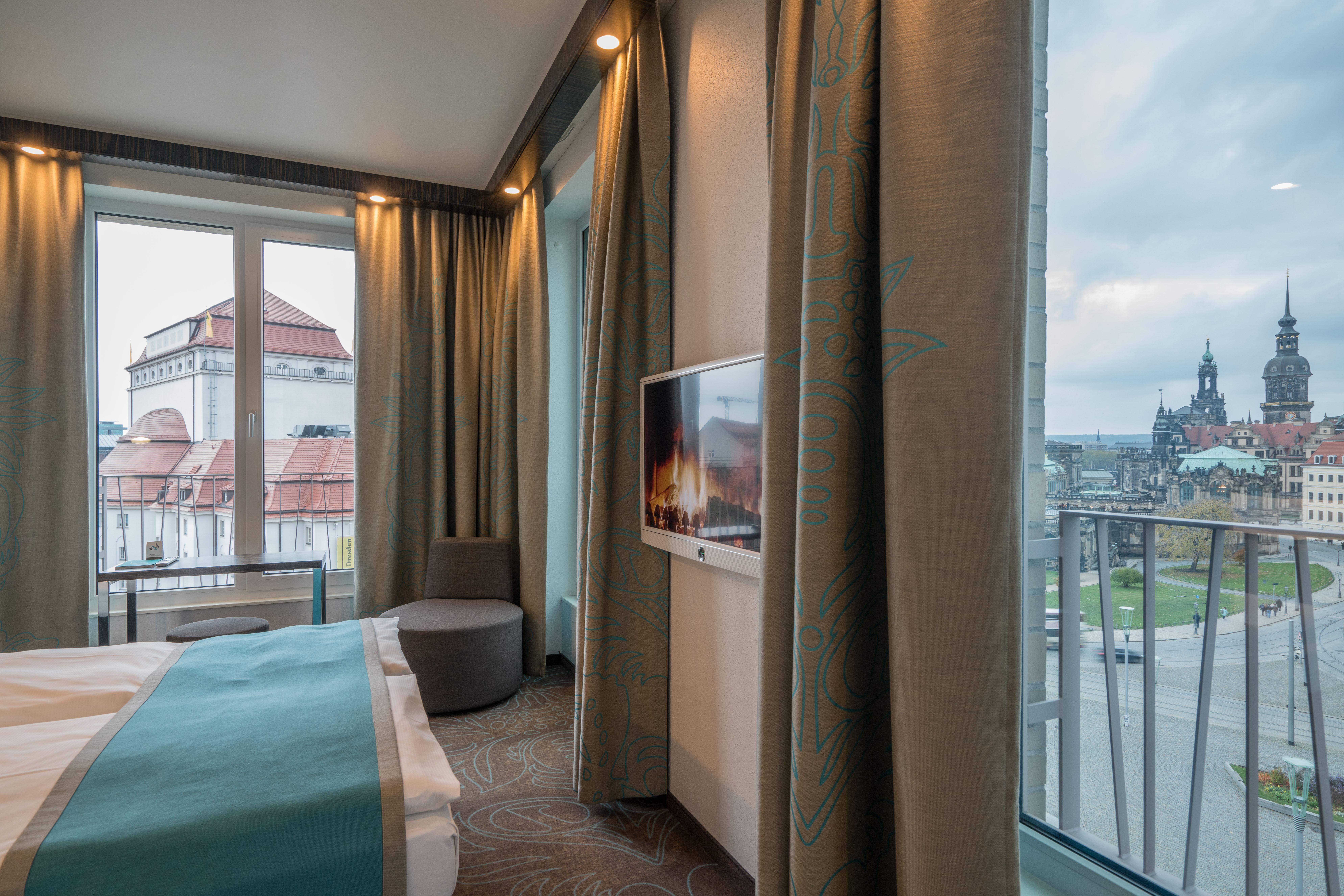 Hotel Dresden am Zwinger Motel One | design hotels Dresden am Zwinger