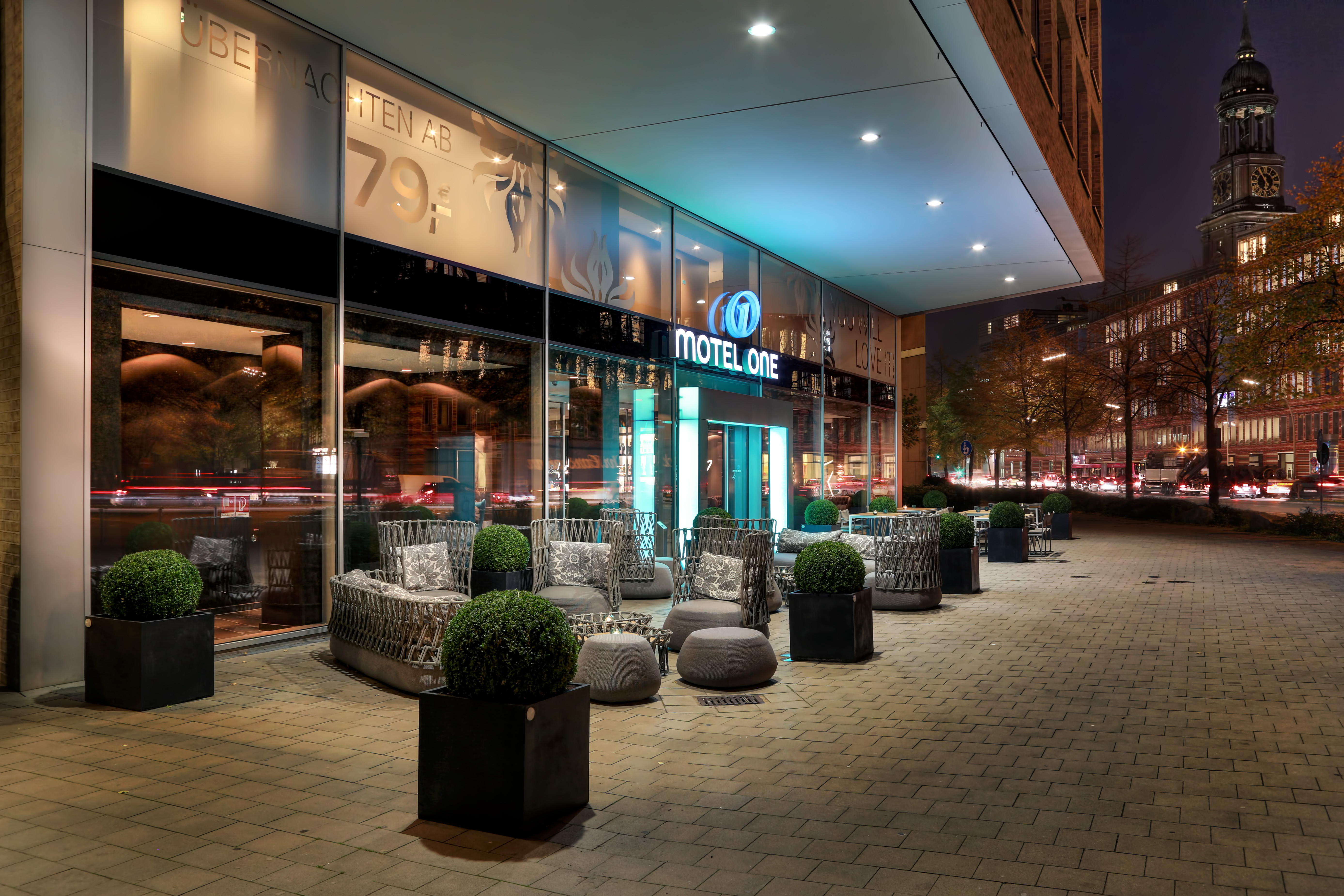 Hotel Hamburg am Michel Motel One | Design Hotels Hamburg am Michel