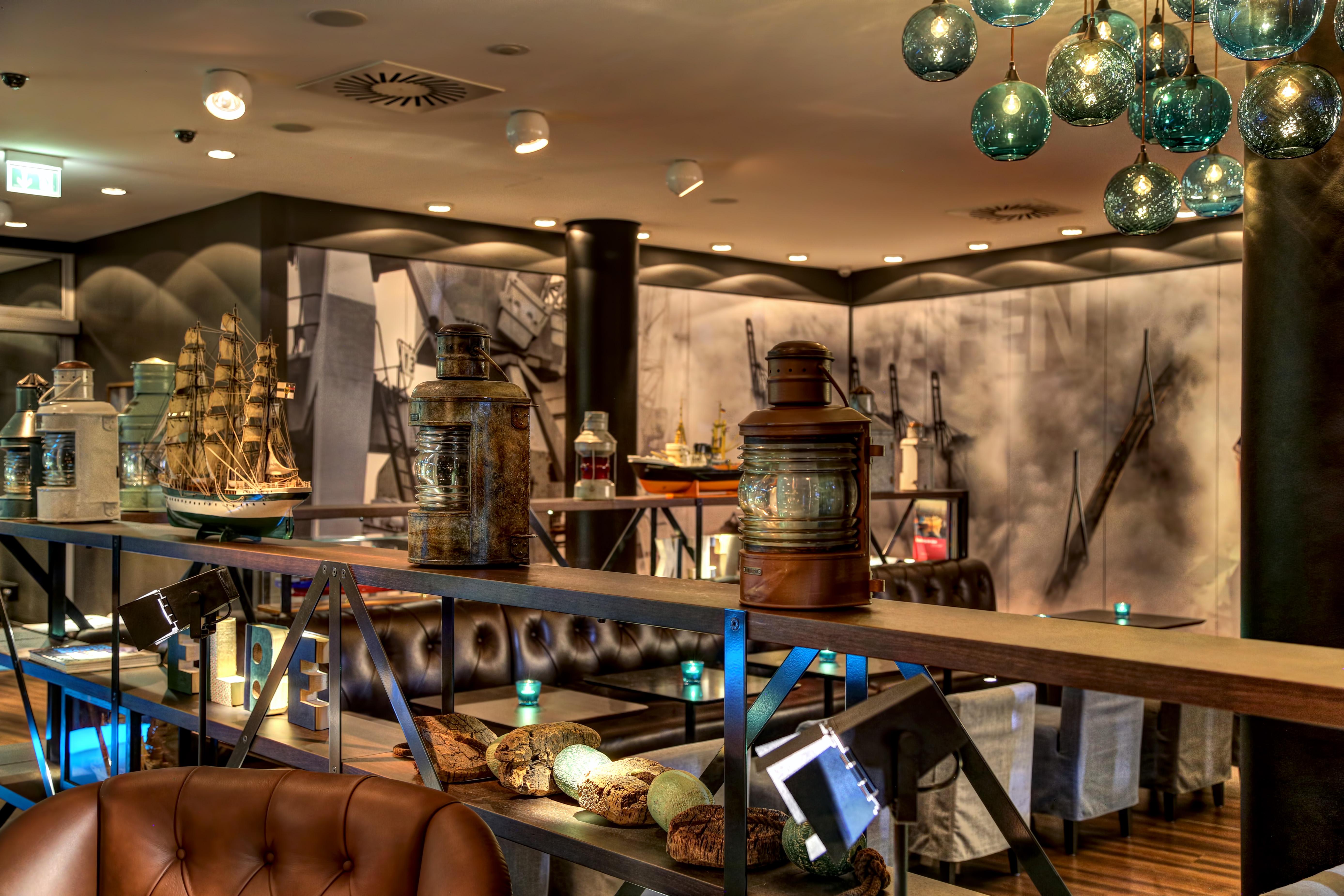 design hotels hamburg reeperbahn. Black Bedroom Furniture Sets. Home Design Ideas