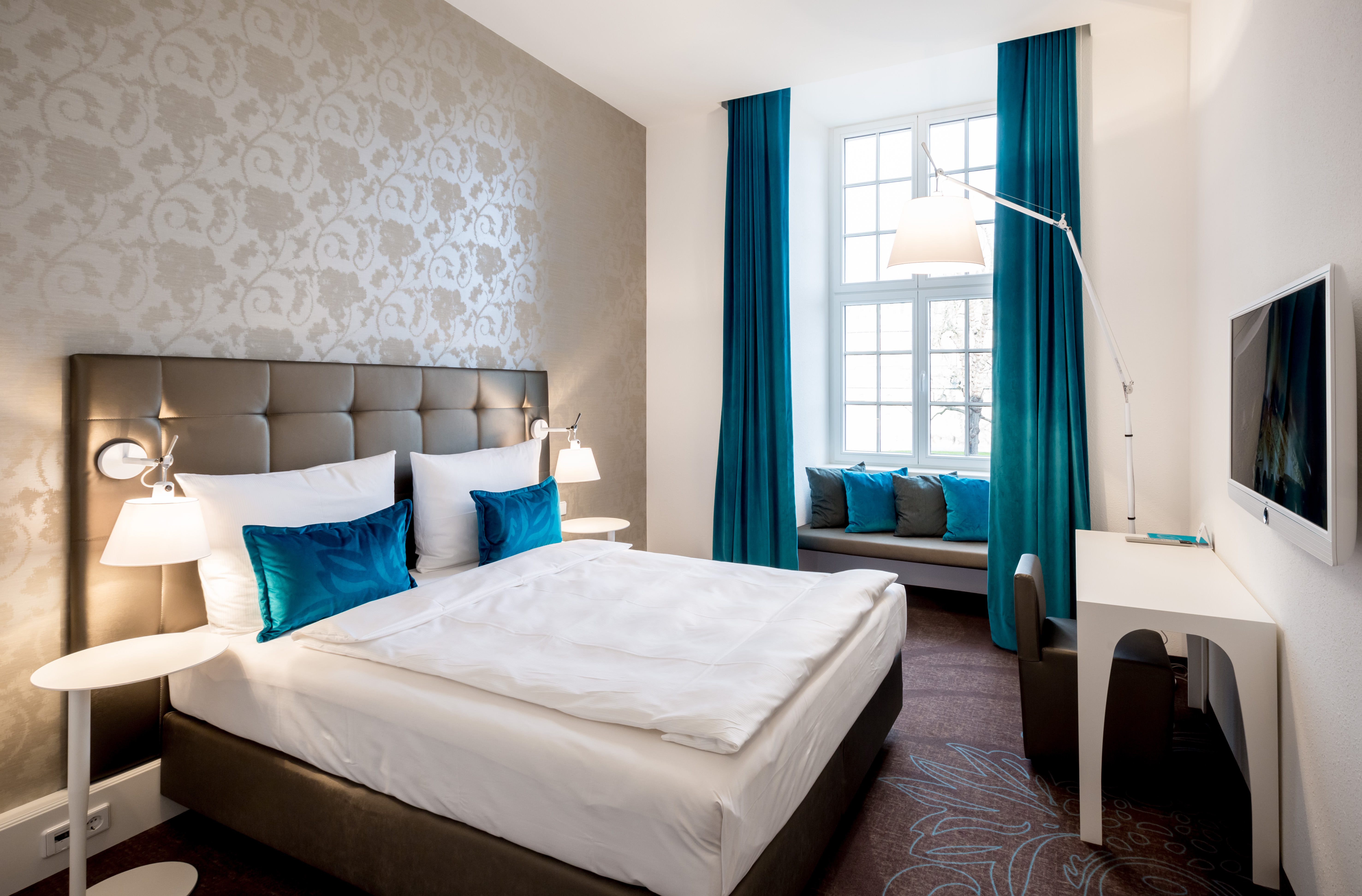 Zimmer fabulous now available for certain internal and for Zimmer motel one
