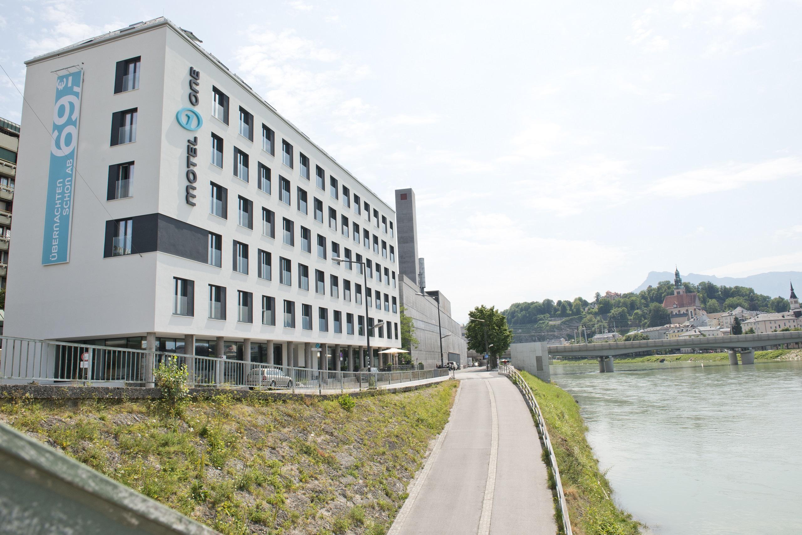 Bremen Motel One hotel salzburg-mirabell motel one | design hotels salzburg mirabell