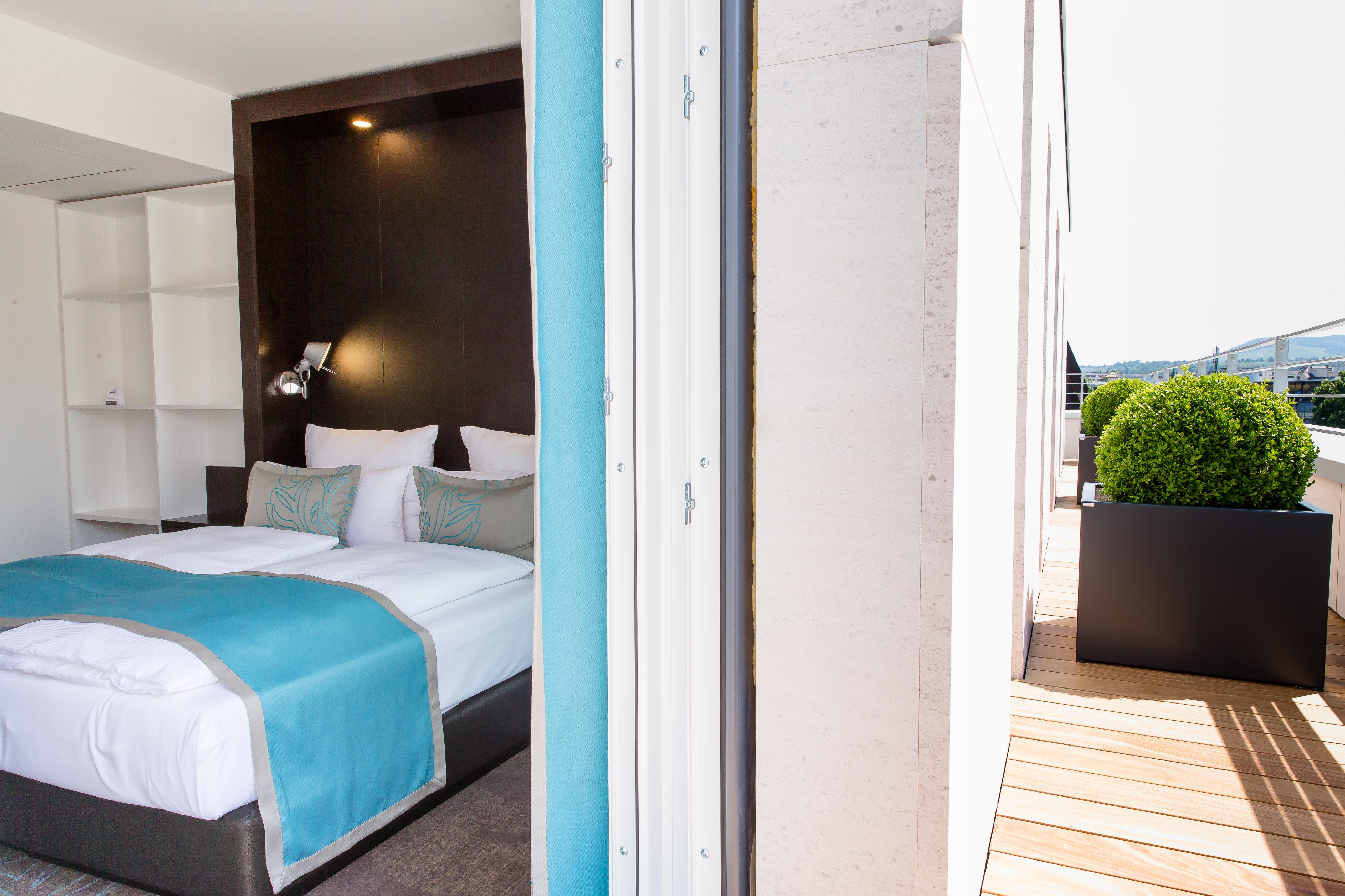 Hotel Stuttgart Bad Cannstatt Motel One | nahe Krankenhaus ...