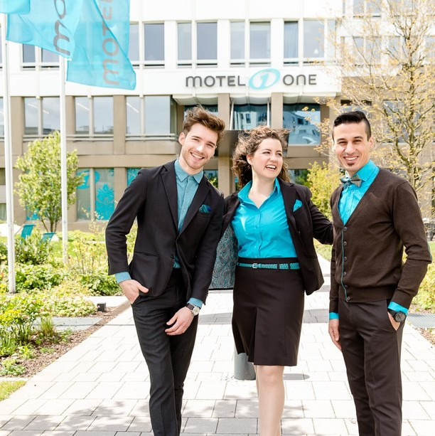 Thumbs up for the dual study programme at Motel One