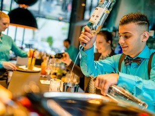 Barkeeper at Motel One: cocktails and longdrinks for our guests